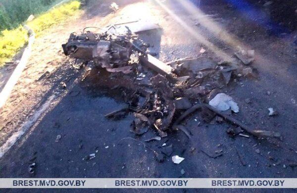 Столкновение Volvo с автопоездом на трассе, погиб водитель